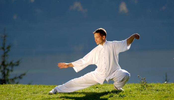 Йога для беременных, восточные единоборства от 2,18 руб./занятие